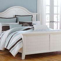 Mirren Harbor Bedroom Collection