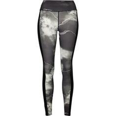 Full Length Legging Surf Wear, Fashion Prints, Fashion Design, Leggings, Pretty Outfits, Beachwear, How To Wear, Motifs, Clothes