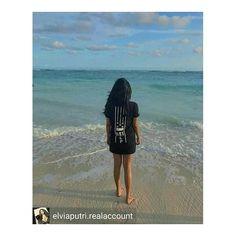 "Only few pieces left of our ClassicTee MXLUCCVN VS THE WXRLD #1.  #elpWarrior 🙌 @elviaputri.realaccount A walk on the beach soothes the soul. "" OUT NOW !! classic tee MXLUCCVN VS THE WXRLD please check and follow @eastlandpride #regrann #BLACKFASHION #moluccanvstheworld #eastlandpride #blvck #allblack #basudara #alifuru #fashionindonesia #indofashion #moluccanfashion #nona #ambon #bali #beach #pantai #pandawa #ambonmanise #ambonbagaya #maluku"