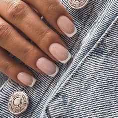 French Acrylic Nails, Square Acrylic Nails, French Tip Nails, Cute Acrylic Nails, Square Nails, Pink Tip Nails, Hard Gel Nails, Cute Pink Nails, Gold Nails