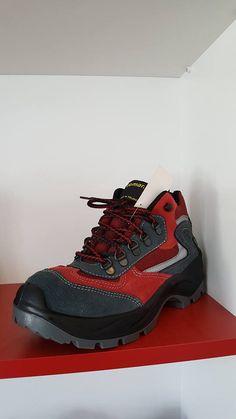 349c112f W ofercie mamy nie tylko buty damskie czy dla dzieci. 9-003 to buty