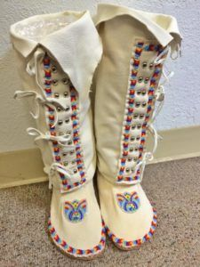 Difference makes us but….in the end we are all related - Traditional Native Healing Native American Regalia, Native American Wedding, Native American Moccasins, Native American Clothing, Native American Beauty, Native American Crafts, Native American Beadwork, Beaded Moccasins, Leather Moccasins