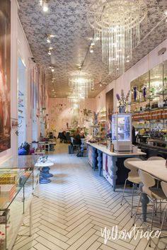 Royal Smushi Cafe Copenhagen, Photo  ©Nick Hughes   Yellowtrace