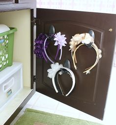 Hi Sugarplum | Organized Bathroom Cabinet | Headbands on hooks