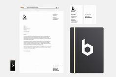 Minimalistische huisstijl ontwerp Brains + Bricks. Ontwerp: grafisch ontwerpbureau Designkwartier ©2016 #huisstijl #logo #briefpapier #businesscard #identity #corporateidentity #design #typographic #black #white