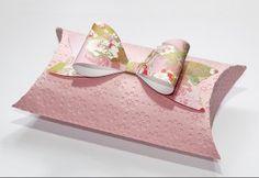 Paper Bow (Junto com a bolsinha borboleta)