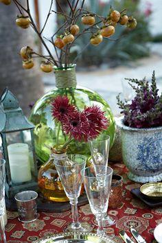 tablescape, drinkware, centerpieces, floral arrangements, fruit, design