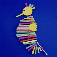 Paper Straw Seahorse – Make Film Play Wooden Craft Sticks, Wooden Crafts, Craft Stick Crafts, Crafts For Kids, Arts And Crafts, Craft Ideas, Straw Art For Kids, Seahorse Crafts, Paper Glue