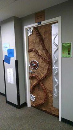 Katie Brinkman Fine Artist Halloween Door Decorating