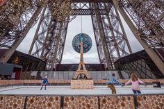 Du 1er décembre 2015 au 31 janvier 2016, les Parisiens et tous les visiteurs de la capitale pourront profiter d'une surface de glace de 190m², à 57 mètres au-dessus de Paris.