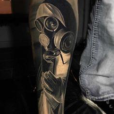 Tattoo artist Jacob Sheffield - Tattoo artist Jacob Sheffield, color and black&grey portrait tattoo realism 3d Tattoos, Cover Up Tattoos, Sleeve Tattoos, Cool Tattoos, Gas Mask Art, Masks Art, Gas Mask Tattoo, Piercings, Tattoo Clothing