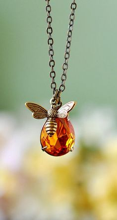 Bee Necklace. Honey Drop and Honey Bee Necklace. Pear Shaped Swarovski Golden Topaz Pendant Necklace by LeChaim - PURE PERFECTION, OUI !! (so very beautiful!!)