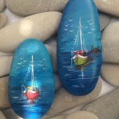 """66 Likes, 3 Comments - Sevda Gürsel (@tasarim_dd) on Instagram: """"Tekneler  #taşboyama #blue #sea#deniz#nikahşekeri#nikahşekeri #mavi#desing #değişikhediye #handmade…"""""""
