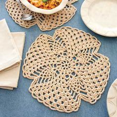 Ravelry: Pineapple Table Mat pattern by Cindy Adams
