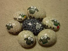 Painted stones - Sven sheeps