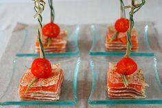 Delicias y Tentaciones: Aperitivos para la Navidad III... Milhojas de salmón y crema de queso