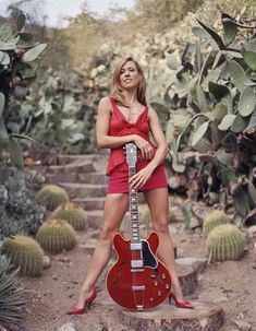 Sheryl Crow poster on sale at theposterdepot. Sheryl Crow Poster Sexy Red Guitar for sale. Check out our site for latest sales. Female Guitarist, Female Singers, Female Rock Stars, Musica Salsa, Sheryl Crow, Women Of Rock, Guitar Girl, Women In Music, Music Photo