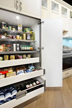 "I love this pantry - it will be going on my ""must have"" list, so easy to find things."