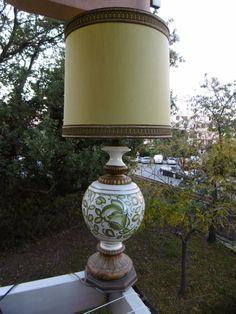 Lampe ancienne 3 branches en métal, laiton, céramique et bois ART-DECO?à voir!