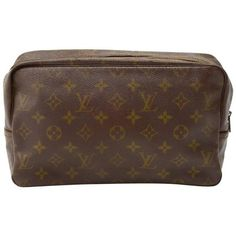 Preowned Vintage Louis Vuitton Trousse Toilette 28 Monogram Canvas... (€115) ❤ liked on Polyvore featuring beauty products, beauty accessories, bags & cases, handbags, multiple and louis vuitton
