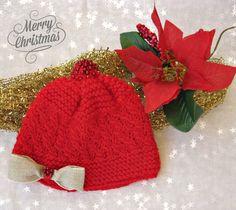 Cappellino rosso con perline rosse per bimba, Lana Merino e Cachemire, , by Melimebaby, 18,00 € su misshobby.com