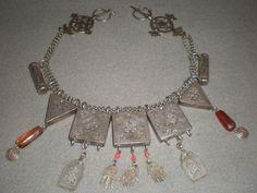 Fibula and chain necklace. Algeria