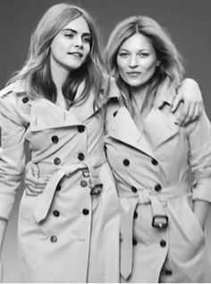 Kate & Cara rock the Burberry trench coat in 2015 Burberry Trench Coat, Trench Coats, Mario Testino, Winter Is Here, Kate Moss, My Wardrobe, Supermodels, Fur Coat, Raincoat