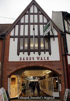 Bards walk in Stratford-upon-Avon