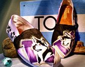 Omg I'm thinking I need to have a toms decorating party before the season starts so I can make these!!!