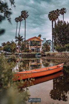 Planning a trip to Los Angeles but don't know where to start? Discover LA's best hotspots with this list of 25 things to do in Los Angeles. | Blog by the Planet D | #Travel #LosAngeles #California | los angeles trip | los angeles travel | los angeles vacation | trip to los angeles | things to do in los angeles bucket lists | things to see in los angeles Los Angeles Vacation, Los Angeles Travel, Usa Travel, Travel Tips, Stuff To Do, Things To Do, Los Angeles Hollywood, Being In The World, Make New Friends