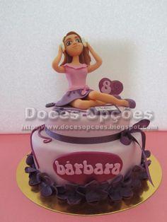 Doces Opções: Bolo Violetta para o aniverário da Bárbara