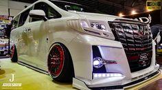 Toyota Alphard, Luxury Cars, Dads, Trucks, Minivan, Osaka, Vehicles, Youtube, Design