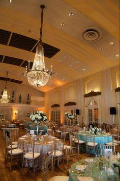 Stunning wedding venue- Lafayette Club in Wayzata, Minnesota