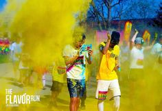 but first Selfie. #banana #selfie #fun #5k #powderrun #colorfun #yellow