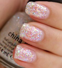 China Glaze Let it Snow Collection Reviews, Photos, Swatches (Part 1) / Lust with Snow Globe / 2 coats
