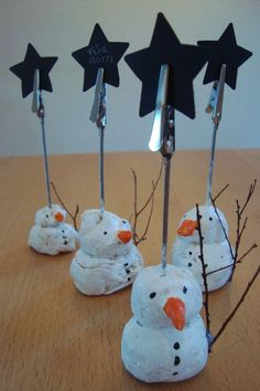 Kleefalter: Door / snowman note holder - Advent Winter weihnachten - The Dallas Media Winter Crafts For Kids, Winter Kids, Diy Crafts For Kids, Gifts For Kids, Kids Christmas, Christmas Gifts, Kindergarten Art Projects, Plate Crafts, Craft Fairs