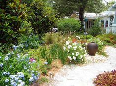 Cottage Garden Design Ideas, Pictures, Remodel, and Decor - page 24