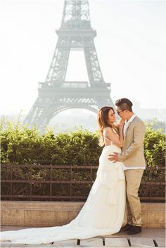 pre wedding photo session | Image by Paris Happy Pictures