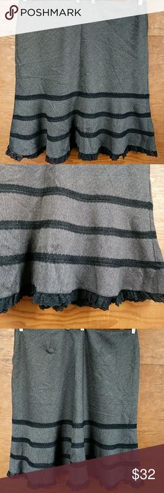 Torrid Woven Gray Tulip skirt lace  Size 22 NWT This is one of my favorite skirts ever! Dark gray woven fabric with black lace detail. NWT by Torrid. Third photo is the back of the skirt. Zipper is on the side and fully lined. torrid Skirts A-Line or Full