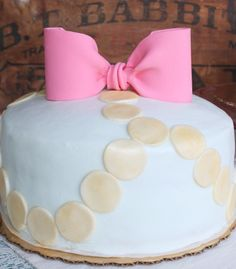 Bow Birthday Cake - too cute! {We love this for a little girl's birthday or even a baby shower!) #cake