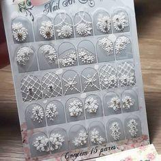 Nenhum texto alternativo automático disponível. Manicure, Nails, Decorative Boxes, Nail Polish, Nail Art, Stickers, Holiday Decor, How To Make, Instagram