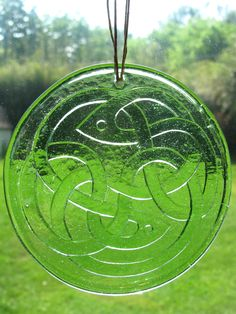 Recycled Glass Sun Catcher - Celtic Knot (Choose Your Color)