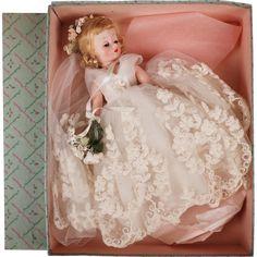Vintage Madame Alexander Cissette Doll 1958 Bride 876 Blonde w Box - Pristine Old Dolls, Antique Dolls, Vintage Dolls, Beautiful Dolls, Beautiful Bride, Vintage Madame Alexander Dolls, Tulle Wedding Gown, Barbie, Bride Dolls