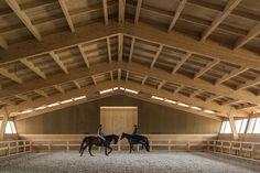 Galeria de Centro Equestre / Carlos Castanheira & Clara Bastai - 1