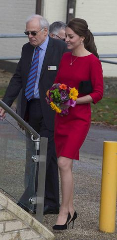 Kate lovely in Catherine Walker as she supports children's hospices in Norwich today (via @ianvogler) @EACH_hospices