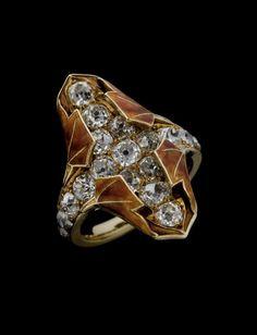 RENÉ LALIQUE   Autumn Leaf Ring. Gold, diamonds, enamel - c.1900.