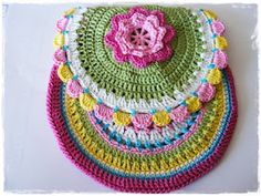 pattern step by step tutorial only for inspiration photo source internet Fuente - Source How to crochet a boho bag-Cum crosetam o gentuta Boho Aprende crochet o Bag Pattern Free, Little Bag, Boho, Crochet Designs, Crochet Flowers, Crochet Projects, Crochet Earrings, Photos, Purses
