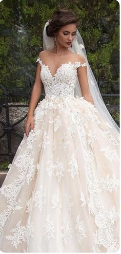 Wonderful Perfect Wedding Dress For The Bride Ideas. Ineffable Perfect Wedding Dress For The Bride Ideas. Dream Wedding Dresses, Bridal Dresses, Wedding Gowns, Wedding Bells, Poofy Wedding Dress, Dresses Dresses, Weeding Dresses, Tulle Wedding, Wedding Outfits