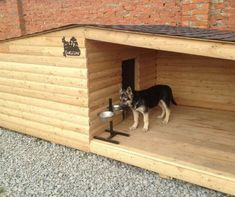 The 25 Best Unique Dog House Designs - Hunde Pallet Dog House, Dog House Plans, Large Dog House, Dog House With Porch, Cool Dog Houses, Outside Dog Houses, Pet Houses, Dog Rooms, Outdoor Dog