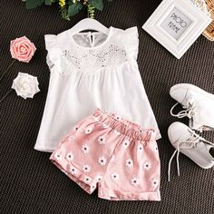 MoonBun is your ultimate partner in buying shorts and top sets for toddlers online. Buy our bestseller toddler white lace top at affordable price today! Cute Baby Girl Outfits, Girls Summer Outfits, Toddler Girl Outfits, Baby Girl Dresses, Trendy Outfits, Kids Outfits, Baby Girls, Baby Boy, Kid Outfits
